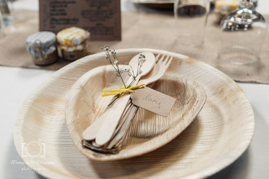 eco wedding tips sustainable tableware