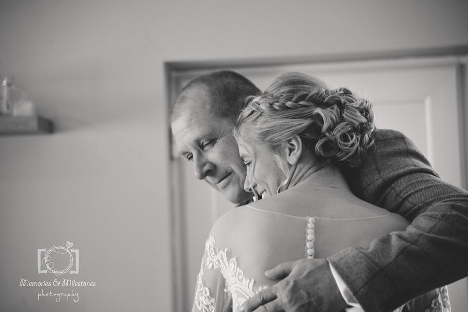 Relaxed wedding photographer Somerset