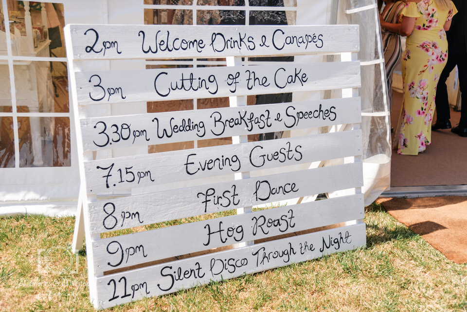 DIY wedding craft ideas pallet