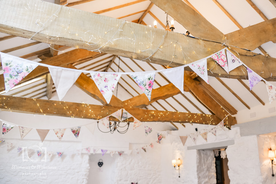 DIY wedding crafts bunting